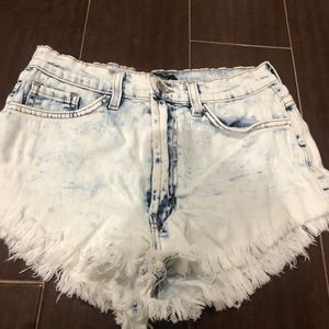 Acid wash high waist cut off shorts
